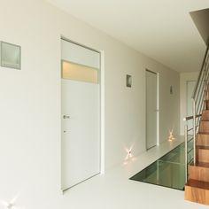 Moderne deuren met aluminium strakke blokkader