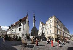Pidä kaupunkiloma Viron historiallisissa ja moderneissa kaupungeissa, joissa on runsaasti kulttuuria ja yöelämää! Paketteja, tarjouksia ja vihjeitä.