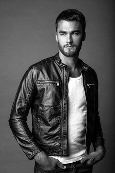 Kult Model Agency - Platz für Männer