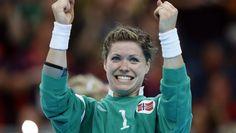Kari Aalvik Grimbsbö goalkeeper Scandinavian Countries, Just A Game, Goalkeeper, My Life, Female, Sports, Second Love, Handball, Goaltender