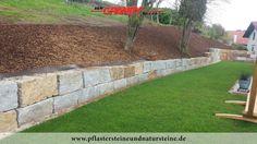 Firma B&M GRANITY – GRANIT-MAUERSTEINE aus Polen (grau-gelb), diverse Mauersteine- (Quader-) Sorten aus Granit, Sandstein, Schiefer…für den Garten. Auch solche Steine werden mit dem Firmenfuhrpark (B&M GRANITY) an Kunden geliefert.  http://www.pflastersteineundnatursteine.de/fotogalerie/mauersteine/