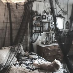 goth bedroom goth room no bedroom goals modern gothic bedroom set Gothic Room, Gothic House, Gothic Living Rooms, Gothic Interior, Interior Design, Interior Office, Modern Interior, Goth Bedroom, Gothic Bedroom Decor