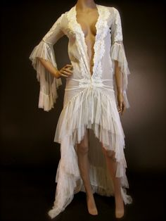 A 1930's 'Come Hither' Trained Chiffon & Tulle Vintage Silk Peignoir Boudoir Robe