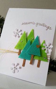 Christmas Card with Die Cut Felt Trees – Christmas DIY Holiday Cards Christmas Card Crafts, Homemade Christmas Cards, Christmas Cards To Make, Homemade Cards, Holiday Crafts, Christmas Decorations, Simple Christmas, Christmas Projects, Christmas Ideas