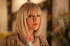 Review: For 'Agatha Raisin,' Playing Detective in an English Village - The New York Times