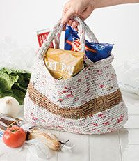 grocery bag made from plarn.  (plastic bags made into yarn) crochet pattern