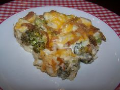 Low Carb Chicken Broccoli Casserole - Dish is already very simple to make, to make it even easier, use a rotisserie chicken. Very tasty dish and great leftovers. Serves 8: NET carbs 3 per serving (see all of that cream cheese in there? Yummy ;)