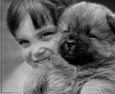 kids animals 16 Daily Awww: Double the cute, double the fun: Kids with animals (35 photos)
