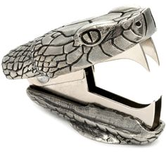 ♥ Snake Bite Staple Remover