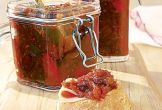 Christmas Food - Mary Berry& Christmas chutney - It& that time of year again! After thi. Bbc Good Food Recipes, Cooking Recipes, Yummy Food, Xmas Food, Christmas Cooking, Christmas Food Gifts, Chutneys, Mary Berry Christmas, Nigella Christmas