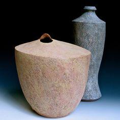 Lee Daniels Clay, etc. Pottery Vase, Ceramic Pottery, Eduardo Paolozzi, Austin Osman Spare, Lee Daniels, Keramik Vase, Ceramic Pots, Thread Painting, Stoneware