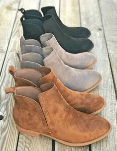 Low Heel Students Short Boots Women's Ankle Boots Low Heel Students Short Boots Women's Ankle Boots,zapatos! Low Heel Students Short Boots Women's Ankle Boots Women's Shoes, Me Too Shoes, Cute Shoes Boots, Shoes Style, Shoes Sneakers, Shoes For Work, Cute Casual Shoes, Green Sneakers, Dansko Shoes