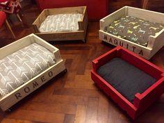 Resultado de imagen de camas madera para perros