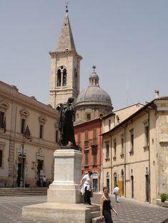 Piazza Ovidio, Sulmona_ Italy