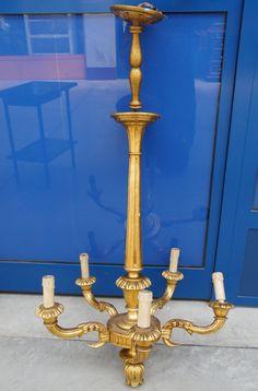 Lampadario in legno dolce scolpito e dorato Italia primo '900