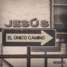 «Jesús le contestó: —Yo soy el camino, la verdad y la vida; nadie puede ir al Padre si no es por medio de mí». —Juan 14:6   #VersosyFrases #ActivaVida #Cristianos #Dios