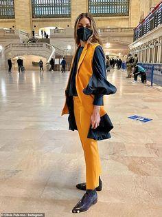 Olivia Palermo Street Style, Olivia Palermo Outfit, Estilo Olivia Palermo, Olivia Palermo Lookbook, Style Icons Inspiration, Fashion Inspiration, New York Street, Outfit Of The Day, Autumn Fashion