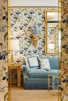 A Bedroom Design Inspired by Tory Burch's Paris Flagship (elements of style) Salons Cottage, Tory Burch, Paris Store, New York Office, Enchanted Home, Living Spaces, Living Room, Interior Decorating, Interior Design