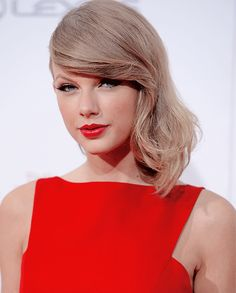 Taylor Swift's Ex Pleads Guilty to Bar Fight