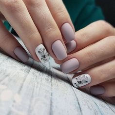 Learn something new and create unique spring nail designs in 2020 ❤ Find the great nail art ideas for spring ❤ See more at LadyLife Cute Spring Nails, Spring Nail Art, Cute Nails, Flower Nail Designs, Nail Designs Spring, Nail Art Designs, Nails Design, Hair And Nails, My Nails