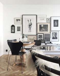interior style | elegant Scandinavian style interior | dining area with wall art gallery