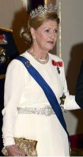 Queen Sonja wears Queen Josephine's diamond tiara October 2012.