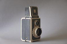 Videre Pinhole cardboard camera by Kelly Angood
