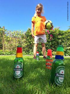 Deze zomer niet naar tropische oorden? We hebben leuke vakantie thuis tips voor je. Zo hou jij je kids wel bezig!