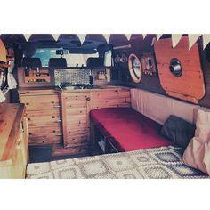 "263 Likes, 35 Comments - The Rolling Home ® (@therollinghome) on Instagram: "" #therollinghome #t4 #vanlife #adventuremobile #vsco #vscocam #camper #vw #selfmade #campervan…"""