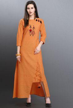 Thread Work Khadi Casual Kurti in Orange New Kurti Designs, Simple Kurta Designs, Stylish Dress Designs, Kurta Designs Women, Dress Neck Designs, Kurti Designs Party Wear, Designs For Dresses, Stylish Dresses, Simple Dresses