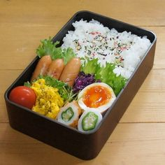 Must-Try Japanese Dishes Bento Recipes, Healthy Recipes, Cute Food, Yummy Food, Bento And Co, Sushi, Aesthetic Food, Food Presentation, Japanese Food