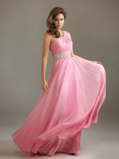 Buy Affordable and Elegant Pink Bridesmaid Dresses For a Wedding. http://memorablewedding.blogspot.com/2014/01/pink-bridesmaid-dresses-buy-affordable.html
