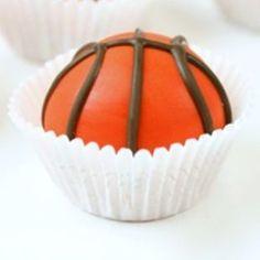 Sports Snacks, Sports Food, Dessert Drinks, Dessert Recipes, Desserts, Creative Cakes, Creative Food, Yummy Treats, Sweet Treats