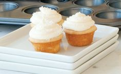 Epicure's Mini Vanilla Cupcakes