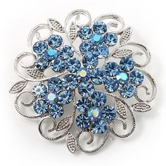 One of the broaches that will be on my cake