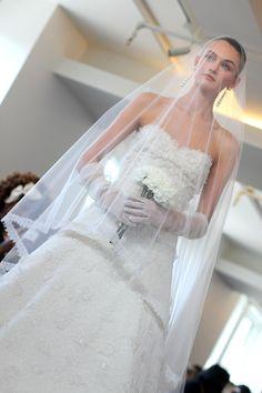 OSCAR DE LA RENTA BRIDAL 2013 - PHOTO BY Rachel Scroggins
