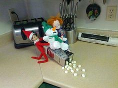 The worst elf on the shelf ever, get back to the shelf! You're graring on my nerves. Some creative Elf on the Shelf owners have made their own fun out of the children's toy, making it just as enjoyable for adults. The Crow, Christmas Elf, Christmas Humor, Christmas Ideas, Christmas Things, Christmas Decorations, Office Christmas, Christmas Crafts, Family Christmas