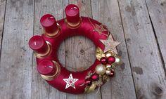 Vánoční věnec vlastní výroby
