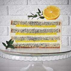No photo description available. Inside Cake, Citrus Cake, Pastry Shop, Bakery Cakes, Cake Flavors, Cake Flour, Vanilla Cake, Confectionery, Cake Recipes