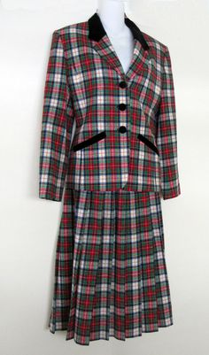 Pendleton Wool Suit Size 8 Jacket Blazer & Pleated Skirt Green Red Tartan Plaid #Pendleton #SkirtSuit