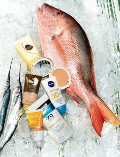 Leave-in termoativado com filtro UV Cuide-se Bem, R$ 24, O Boticário, Episol Color FPS 70, R$ 65, Mantecorp Skincare, Filtro solar tonalizante Duo Cake FPS 50, R$ 126, Adcos, Sun Facial Antissinais FPS 50, R$41, Nivea Sun Fresh FPS70, R$44,Neutrogena, Photoage FPS 99 Max, R$ 75, Dermage (Foto: Marcel Valvassori)
