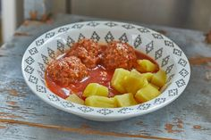 Paradicsomos húsgombóc   Street Kitchen Ground Meat, Pork, Menu, Ethnic Recipes, Sweet, Meatball, Ground Beef, Kale Stir Fry, Menu Board Design