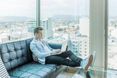 Oggi vediamo come limitare la velocità del Wi-Fi sul tuo router in pochi e semplici passaggi, in modo da gestire al meglio la tua connettività. Work From Home Jobs, Make Money From Home, Way To Make Money, Generation Z, Job A Domicile, Become A Millionaire, Japan Design, Business Intelligence, Successful People