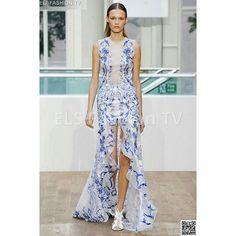 #JulienMacdonald #fashiondesigner RTW Sping 2015 #collection . More #photos  coming soon on  #elsfashiontv  #me #photooftheday #instafashion #instacelebrity #instaphoto #Porter #paris #newyork #topmodel #montecarlo #fashionweek #chloecollection #london #italia #manhattan #miami #dubai #glamour #fashionista #style #altamoda  #fashiontrend  #fashionweek #paris #tvchannel #fashiontrends