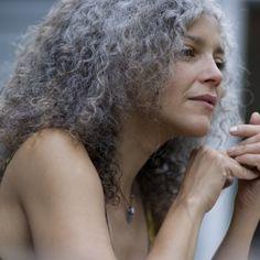 Rosanne Guararra, 55