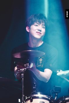 Ideas for music artists bands songs concerts Korean Bands, South Korean Boy Band, Extended Play, Fandom, I Zombie, Day6 Dowoon, Warner Music, Kim Wonpil, K Wallpaper
