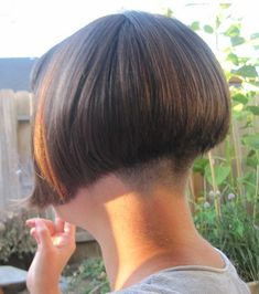 Jack felt so natural being limp wristed and mincing prettily. His girlfriend said his new bob style made him look such a sissy fag-boi Stacked Bob Hairstyles, Short Hairstyles For Women, Cool Hairstyles, Shaved Bob, Shaved Nape, Short Graduated Bob, Androgynous Haircut, Nape Undercut, Short Bob Styles