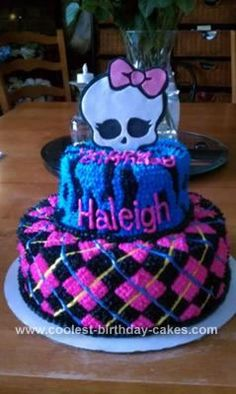 Homemade Monster High Birthday Cake: My friend's daughter is really into Monster High so she found a cake like this one online and asked me to make it. But the cake online was made with fondant,