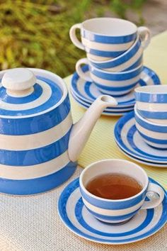 Tea! In Cornishware! Love!  I have that teapot... I would love those cups and saucers to go with!