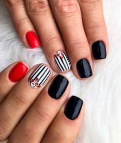 If you are searching for cute nail colors for spring and beautiful spring nail designs then check our Stylish nails especially Floral nails and butterfly nails. Cute Nail Colors, Spring Nail Colors, Spring Nail Art, Spring Nails, Cute Nails, Fall Nails, Nail Art Designs, Nail Designs Spring, Black Nails